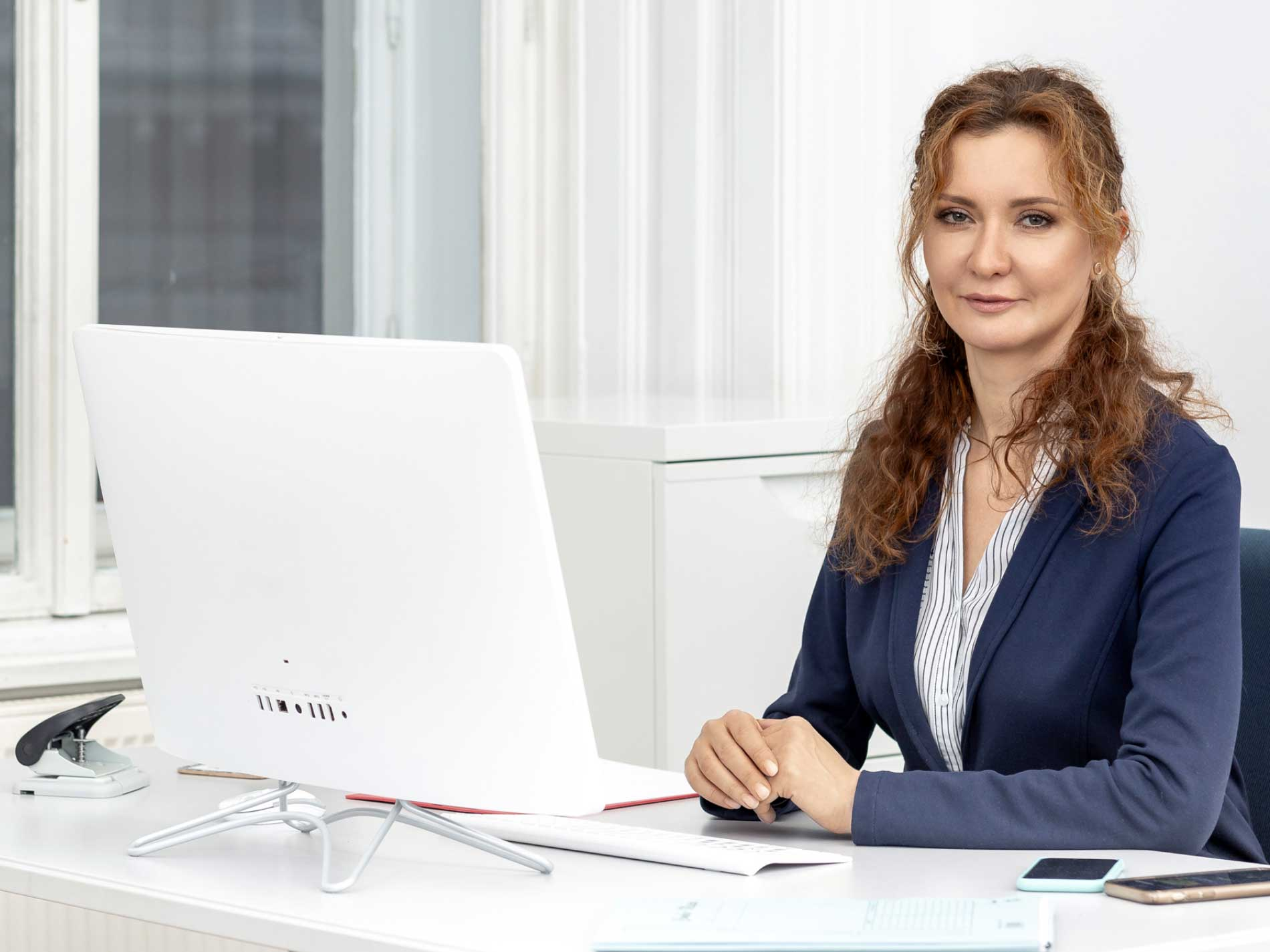 Tetyana Stangl, Migrant Expert, Büro Wien 1